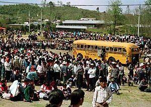 Zapatistas welcome peace bus